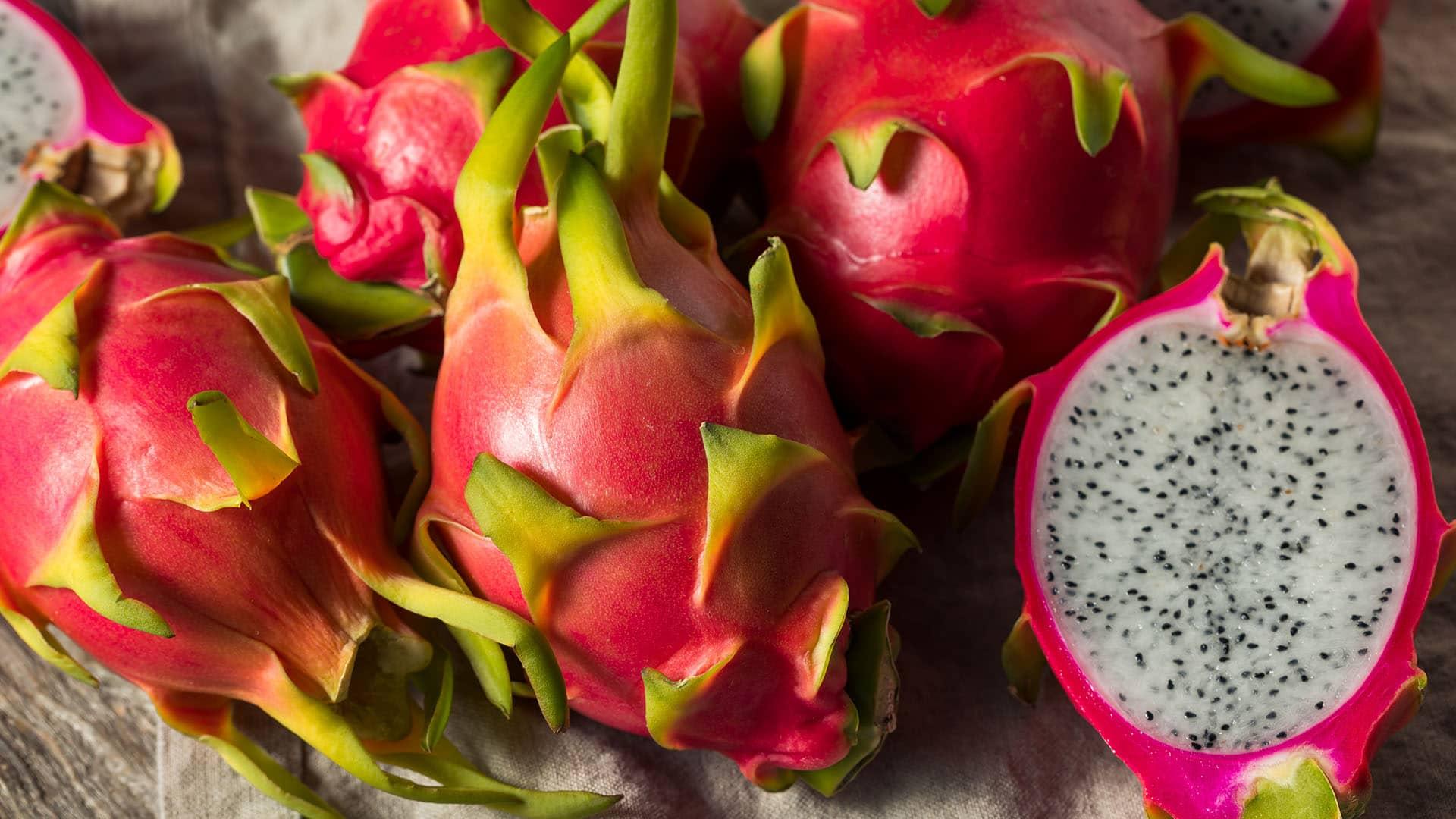 Aufgeschnittene Drachenfrucht