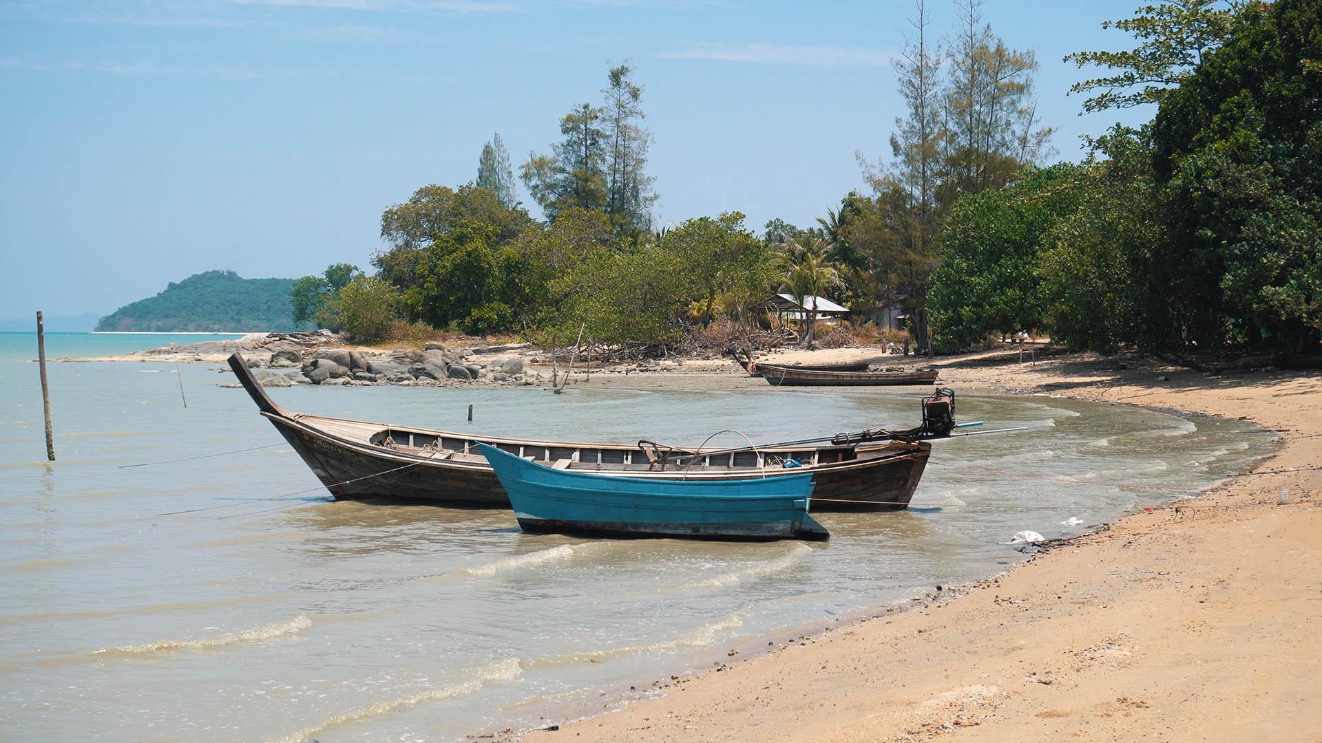 Fischerboote auf Koh Maphrao