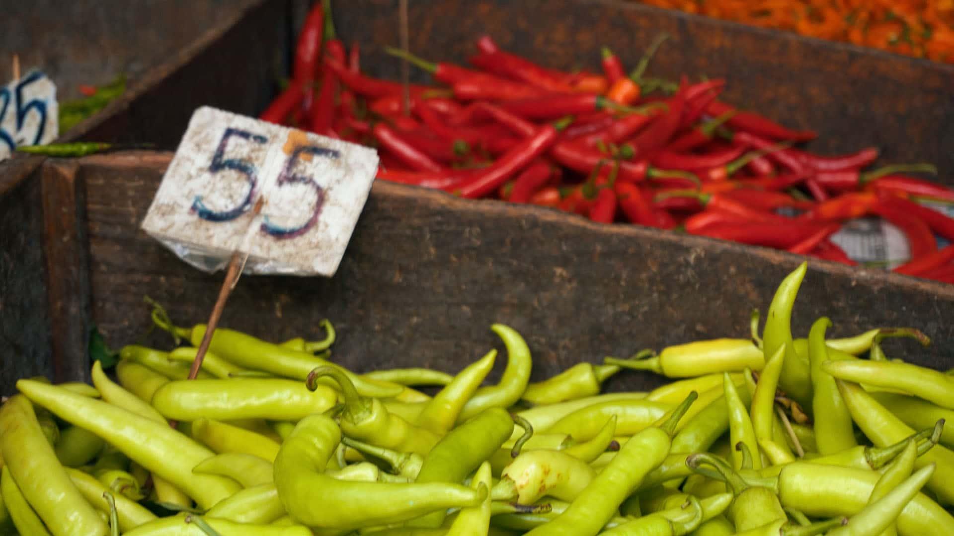 Chillis am Khlong Toey Market