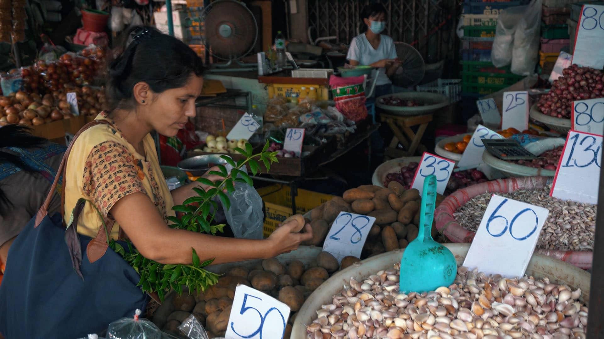 Khlong Toey Market Bangkok