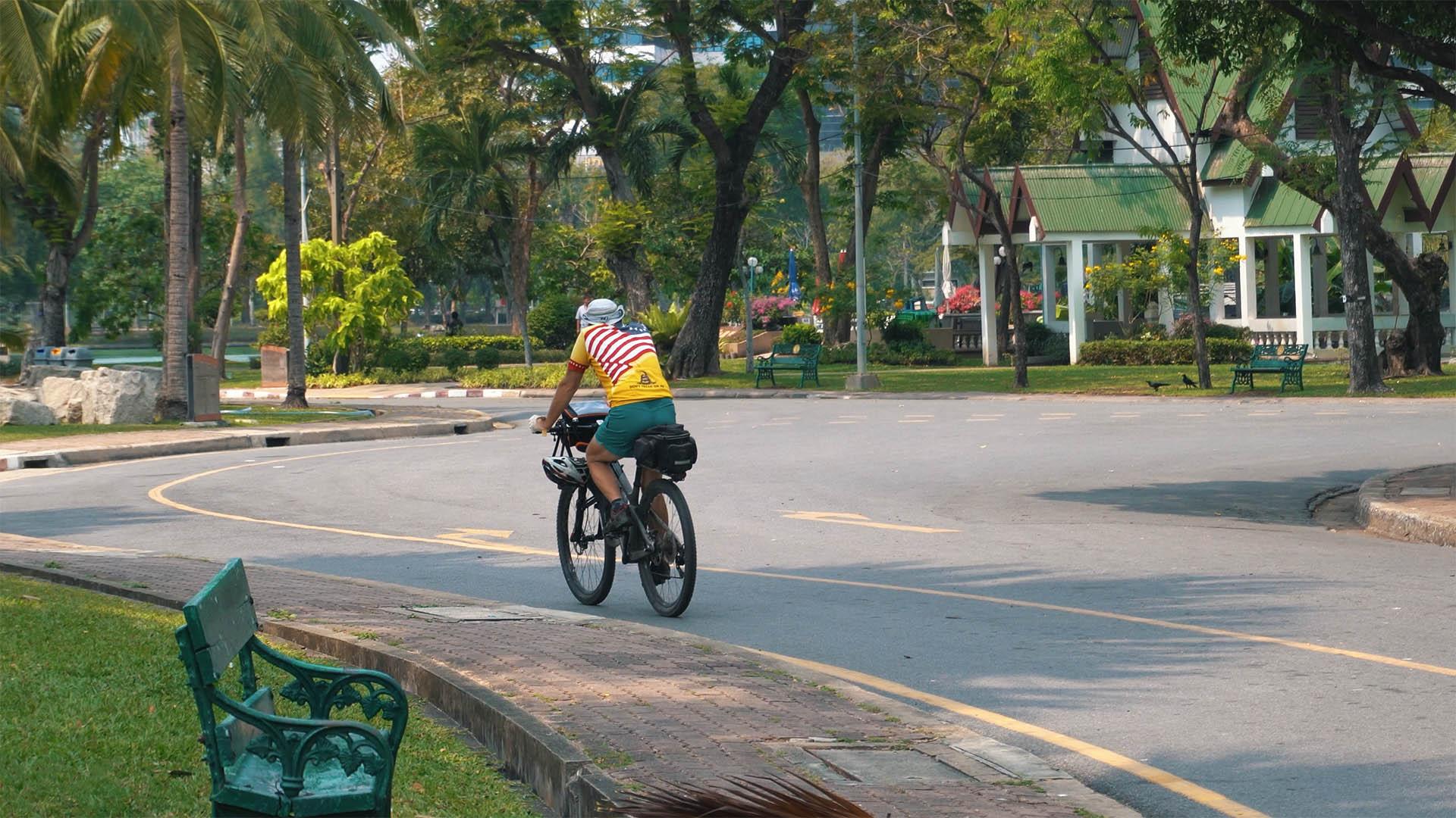 Fahrradfahren im Lumpini Park